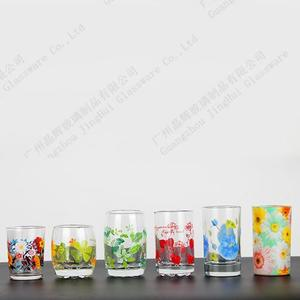 Printed flower design glass cups